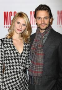 Claire-Danes-and-Hugh-Dancy-Welcome-Baby-Son-Cyrus-20010101