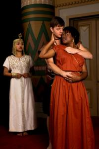 BWW Reviews: Circle Players Opens its 2012-13 Season with Stylish AIDA