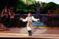 BWW-Reviews-Hilarious-Production-of-PIRATES-at-THE-MUNY-20010101