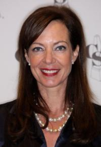 Allison Janney Signs on for Chuck Lorre Comedy Pilot MOM