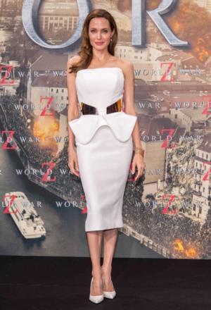 Queen Elizabeth Honors Angelina Jolie, Maggie Smith, Daniel Day Lewis, Damian Lewis, & John Barrowman