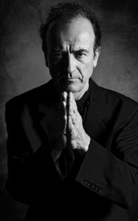 Hugh-Cornwell-to-Perform-on-BBC-2s-THE-REVIEW-SHOW-119-20121011