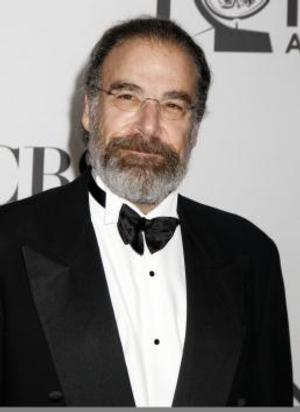 EMMYS COVERAGE 2013: BWW Salutes Stage & Screen Icon Mandy Patinkin