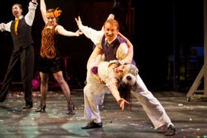 BWW Reviews: Synetic Theater's Jazz-Age TWELFTH NIGHT - A Manic, Slapstick Romp