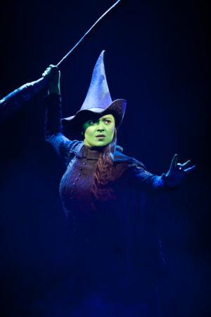 Jennifer DiNoia Joins West End WICKED As Elphaba!