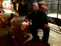 BWW-Reviews-Mike-Daisey-Returns-to-Woolly-Mammoth-with-AMERICAN-UTOPIAS-20010101