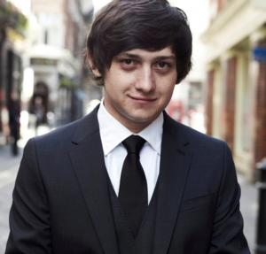 Craig Roberts to Star in Amazon's RED OAKS Pilot