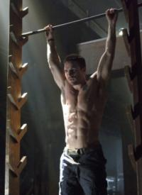 Watch the Pilot for The CW's ARROW!