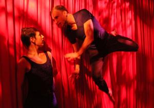 BWW Reviews: Jody Oberfelder's 4CHAMBERS Explores the Depths of the Heart