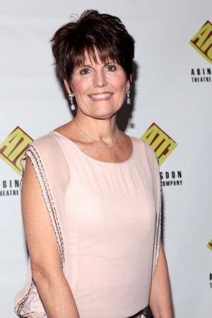 Lucie Arnaz Makes Cafe Carlyle Debut Tonight
