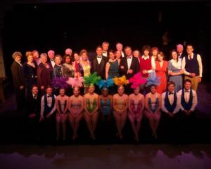 BWW Reviews: Stephen Sondheim's FOLLIES Opens at the Barn Players