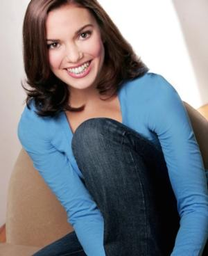 Last Edition: NEWSIES Stars Recall Favorite Memories- Kara Lindsay