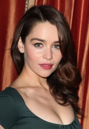 Emilia Clarke & Sam Claflin in Talks to Lead Film Adaptation of Jojo Moyes' ME BEFORE YOU