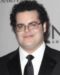 Josh Gad to Co-Write Upcoming Comedy Sequel TRIPLETS
