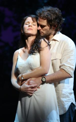 THE BRIDGES OF MADISON COUNTY Debuts as No. 1 Broadway Cast Recording on iTunes