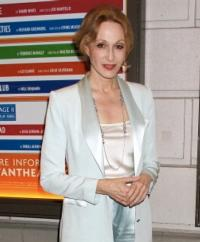 Jan Maxwell Joins Blythe Danner, Annie Potts and More in STEEL MAGNOLIAS Benefit Reading, 12/3
