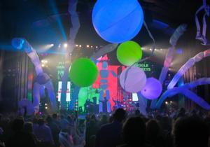 BWW Reviews: BLUE MAN GROUP Parties in Sacramento