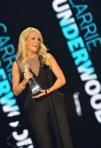 Lambert, Underwood Among 2012 CMT ARTISTS OF THE YEAR