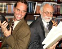BWW-Reviews-FREUDS-LAST-SESSION-Delivers-an-Entertaining-Dose-of-Theatrical-Therapy-20010101