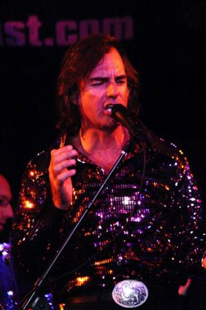 BWW REVIEWS: Rock Musician Dean Colley Brings His Amazing Neil Diamond Tribute to the El Portal