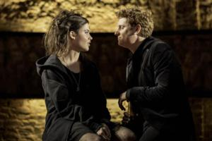 BWW Reviews: KING CHARLES III, Almeida Theatre, April 10 2014