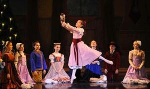 BWW Reviews: THE YORKVILLE NUTCRACKER is Delightful
