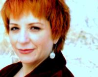 Mary Elizabeth MiCari Prepares to Open BAY RIDGE VOICE, 10/27