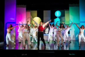 BWW Reviews: CATCH ME IF YOU CAN is One Well Worth Catching