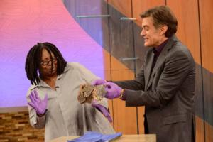 Whoopi Goldberg's Secret Addiction Revealed on THE DR. OZ SHOW