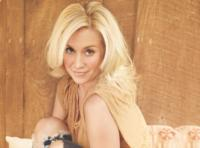 Kellie-Pickler-to-Perform-at-The-Orleans-Showroom-1123-24-20010101