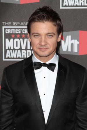 Jeremy Renner to Narrate History's THE WORLD WARS