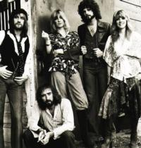 Fleetwood Mac Live 2013 Adds 13 Additional Dates; Full Tour Schedule Announced