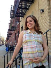 Maria-McConville-to-Perform-BABY-MATTERS-at-Good-Company-While-8-Months-Pregnant-53-5-20010101