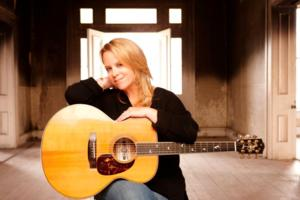 Mary Chapin Carpenter, Mavis Staples & More Set for McCoy Center's 2014-15 Season