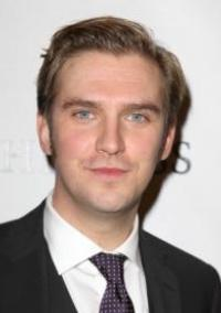 Julian Fellowes Has Decided Matthew Crawley's Fate on DOWNTON ABBEY