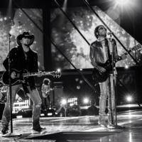 2013 CMT MUSIC AWARDS Sparks Music Sales for Performers