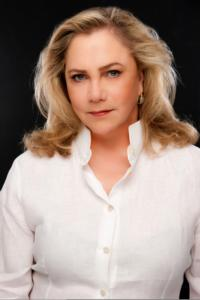 Kathleen Turner Stars in THE KILLING OF SISTER GEORGE at Long Wharf Theatre, 11/28-12/23