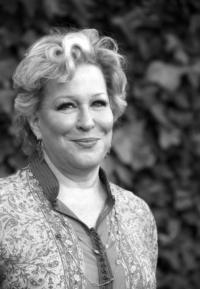 Bette Midler Considering MAME; Bringing I'LL EAT YOU LAST to LA