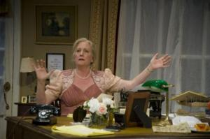 BWW Reviews: Dorothy Thompson Comes to Life in The Nora Theatre Company's CASSANDRA SPEAKS