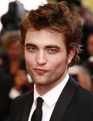 TWILIGHT's Robert Pattinson Eyeing Broadway & West End?