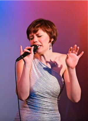 BWW Reviews: CAROLE J. BUFFORD Raises Her Cabaret Performance Bar To Star Level With 'Shades of Blue' at the Metropolitan Room