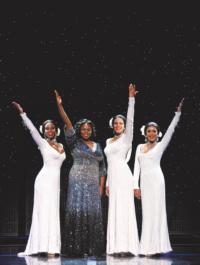 BWW-Reviews-DREAMGIRLS-is-a-Dream-Broadway-Production-20010101