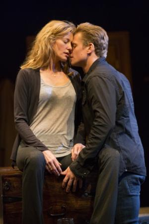 Second Stage Theatre's SEX WITH STRANGERS, Starring Anna Gunn and Billy Magnussen, Opens Tonight