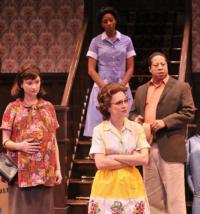 BWW-Reviews-The-Alleys-CLYBOURNE-PARK-is-Must-See-Humorous-Social-Commentary-20010101