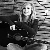 Avril Lavigne Foundation Brings Fun to Youth with Disabilities
