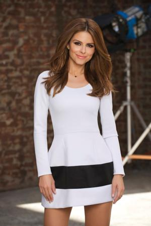 E!'s UNTOLD WITH MARIA MENOUNOS to Premiere 7/17