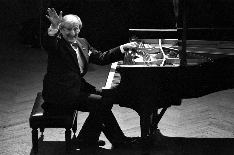Vladimir Horowitz 'Live At Carnegie Hall' to Be Released, 9/30