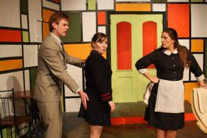 BWW Reviews: BOEING-BOEING Takes Off at Fells Point Corner Theatre