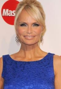 Kristin Chenoweth Talks 'Good Wife' Injuries on LIVE!