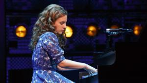 BEAUTIFUL: THE CAROLE KING MUSICAL to Play the Oriental Theatre in Chicago